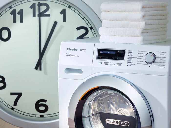 MIELE FreeStanding Washer Dryer SoftSteam Honeycomb drum, 7kg Wash